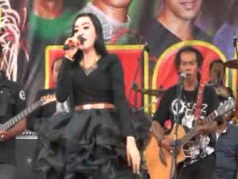 Pergi Pagi Pulang Pagi Elsa Safira Monata Live Lawang Malang 2015