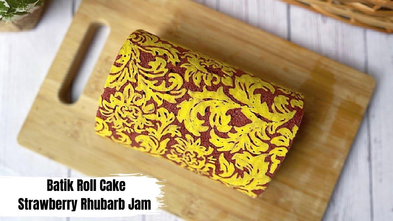 Batik Roll Cake with Strawberry Rhubarb Jam (เค้กโรลบาติกแยมสตอเบอร์รี่รูบาร์บ)