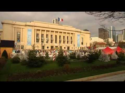 La Mairie De Puteaux Distribue Des Aspirateurs Aux électeurs Pour Noël