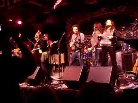 Donna the Buffalo and The Duhks -