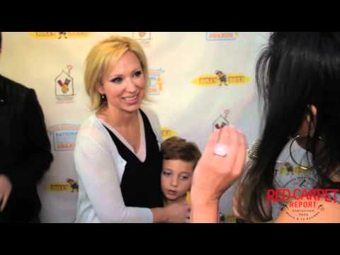 LeighAllyn Baker at the Ronald McDonald House Celebrity StuffAThon CelebrityStuffathon RMHC