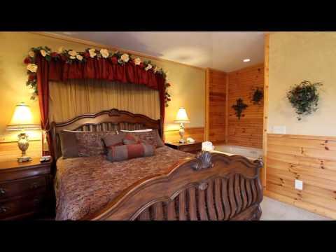 """Royal Romance"" Pigeon Forge Honeymoon Cabin in Arrowhead Resort - Cabins USA 2016"