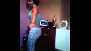 Evde Dans Eden Seksi Türk Kızı