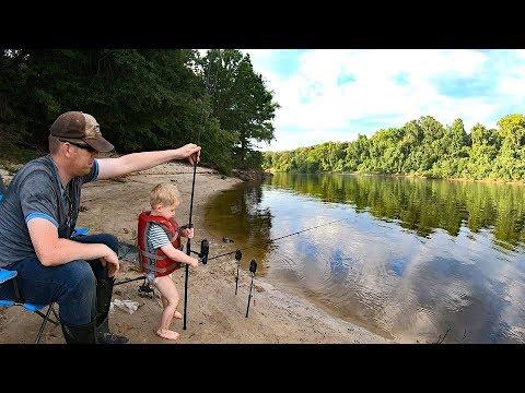 2,500 mile Fishing Adventure - PART 2: Fishing Mississippi!
