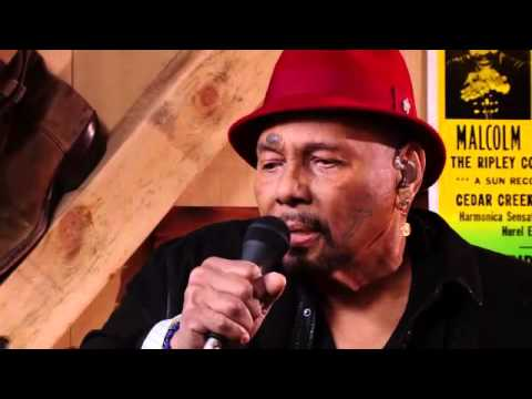 from Daryls house Episode 72 with Aaron Neville  Tell it like it is