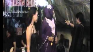 Video CHACHA ROMEO  KUINGIN TITIN N ANI SAMUDRA 2 MUARA BAHARI CUWI DEDE download MP3, 3GP, MP4, WEBM, AVI, FLV Juni 2018