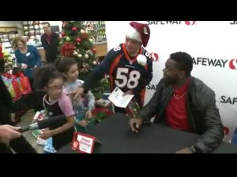 Shaquil Barrett at Safeway   9news com