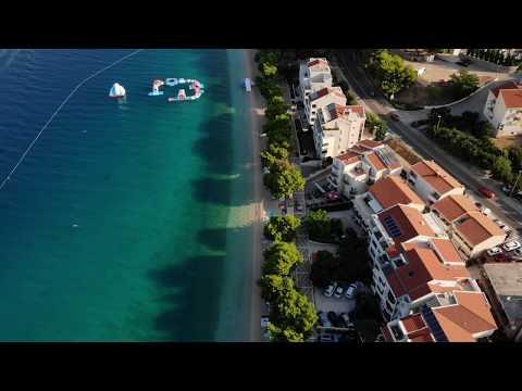 Хорватия. Тучепи. Видео. Вид с высоты птичьего полёта. Адриатическое  море.