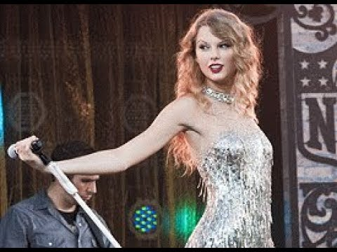 Taylor Swift - You Belong With Me ( Live...