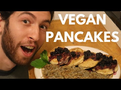 plant-based-pancakes-and-amazing-berry-compote-//-vegan-and-gluten-free