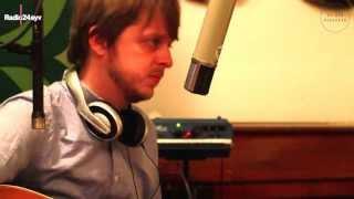 Monogram 09 - Teitur - Answering Machine