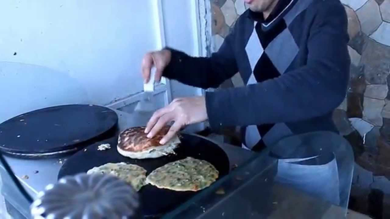 Tunisia street food's Amaziiingg!! ( Chappaty)TUNISIA Traveling 2015 | Visite TUNISIA