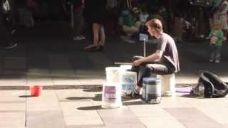 Amazing Plastic Bucket Drummer in Sydney's Pitt Street Mall