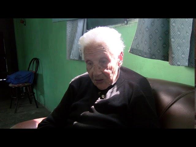 Otra jornada electoral para Ana María que tiene 105 años