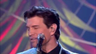 Chris Isaak Let Me Down Easy Live.mp3