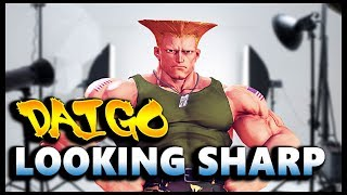 Daigo Umehara on some Guile looking pretty sharp of late against th...