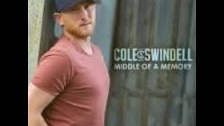 Cole Swindell- Middle of a Memory (with Lyrics)