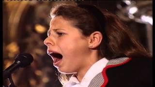 Saeta a la Macarena de la niña Pastora Soler (1993)