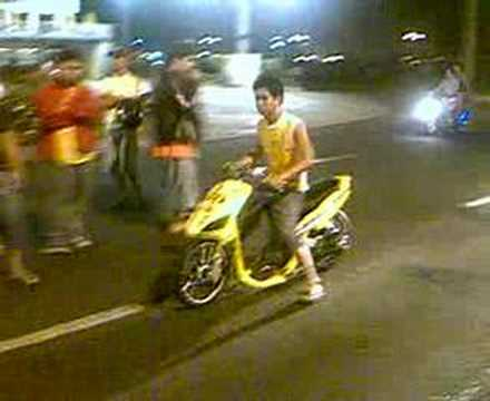 macapagal drag race MotoZone
