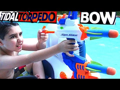 Super Soaker Tidal Torpedo Bow Water Blaster With Will-Haik And Rob-Andre