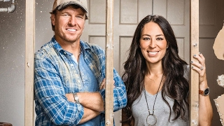 10 things you didn t know about fixer upper stars chip and joanna gaines