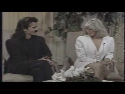 YANNI  Evening Magazine KING 5 TV Seattle 1990 Linda Evans & Yanni