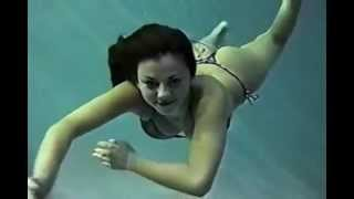 Repeat youtube video underwater girl 2