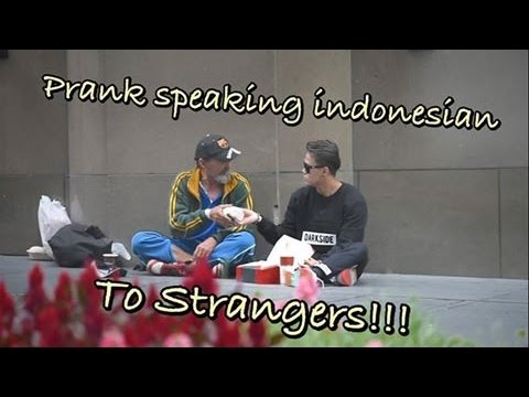 Speaking indonesian with Strangers at Sydney