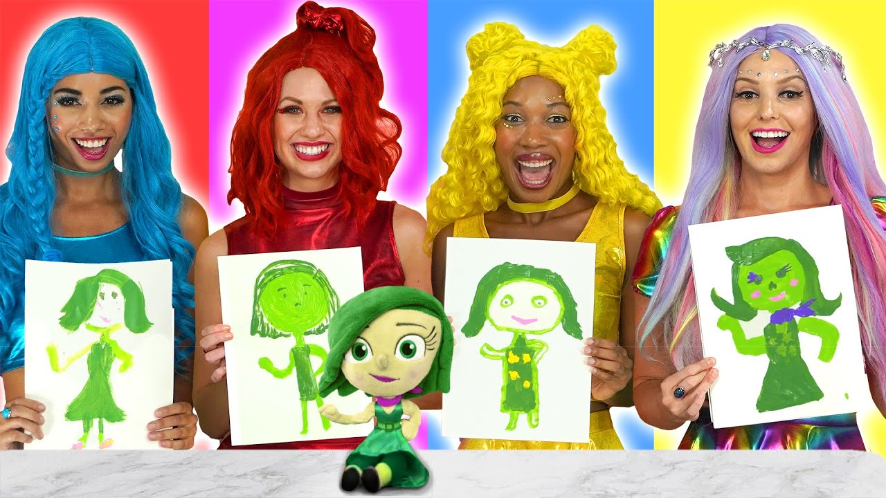 WHO DRAWS IT BETTER WINS IT CHALLENGE WITH THE SUPER POPS. Totally TV.