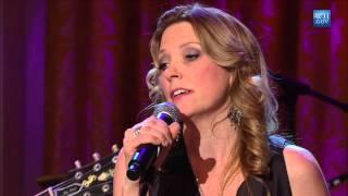 """Susan Tedeschi, Derek Trucks, & Warren Haynes Perform """"I"""