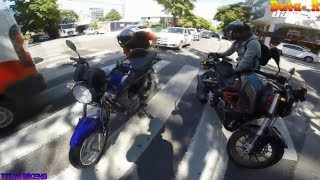 Motociclistas ayudando a otros motociclistas #3 2019