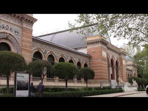 Paseando por Madrid. Palacio de Velázquez