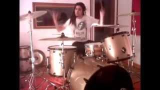 Paulo Torres ensaya Let's be honest de Stone Sour