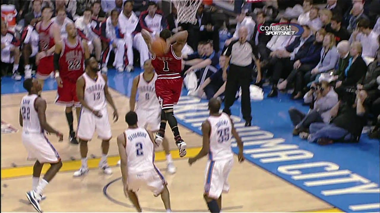 fc21fb38319 Derrick Rose Dunk Vs. The Oklahoma City Thunder (January 27th