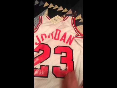 Michael Jordan Authentic 1992 Shrug Jersey Review - YouTube