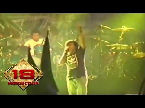 Ari Lasso - Rayuan Gombal  (Live Konser Gresik 06 November 2005)
