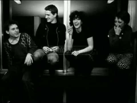 Au Pairs - 'Armagh' [1981 track with lyrics]