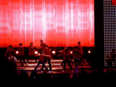 Glee  Tour! NYC Any Way You Want ItLovin Touchin Squeezin
