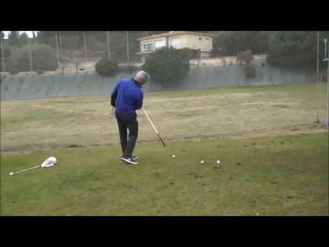 Aprende a inclinar la columna para mejorar tu golf