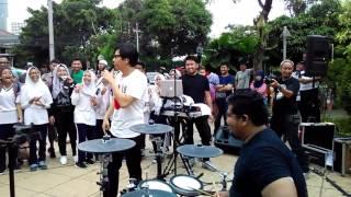 Download Lagu Cintaku - Chrisye (Cover by kang Armand Maulana) mp3