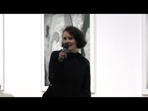 Ursula Maria Probst / TOUCH THE REALITY. RETHINKING KEYWORDS OF POLITICAL PERFORMANCE