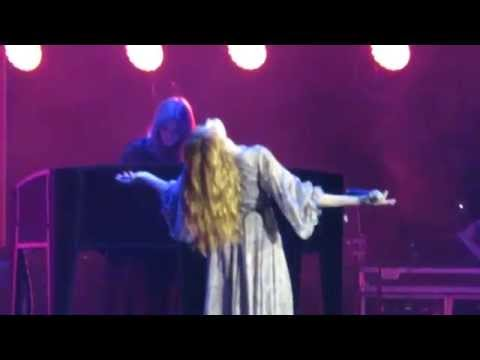Florence and the Machine - Blinding - Live in Warsaw 2014