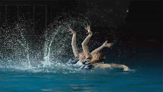 Miracle Body: Russia's Golden Mermaids