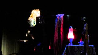 Watch Melissa Etheridge How Would I Know video