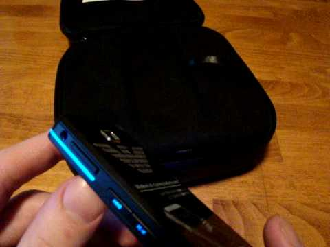 Samsung M7500 Emporio Armani : preview