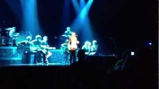 Kelly Clarkson - Hello (Niagara 3/2)