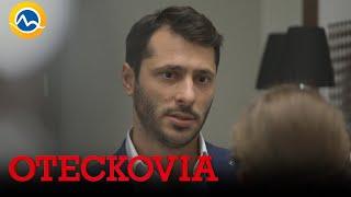 OTECKOVIA - Alex stále netuší, že kytice vymenili