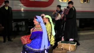 Татарский театр Галиасгара Камала едет в Санкт-Петербург на поезде(, 2016-03-18T13:46:38.000Z)