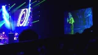 """Jhooki jhooki si naazar"" by jagjit Singh ❤ sunidhi chauhan @ Seattle concert."