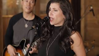 Christina Kateri - Ex's & Oh's Live Performance
